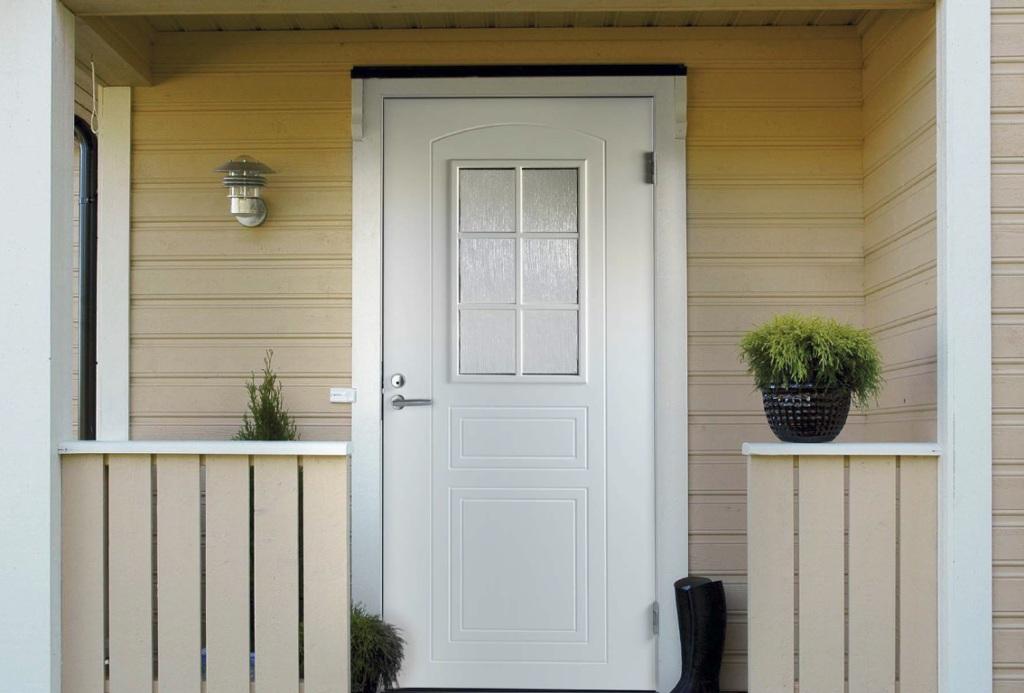 Какие бывают входные двери? В чем главное преимущество финских уличных дверей?