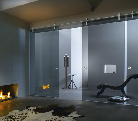раздвижные двери из закаленного стекла