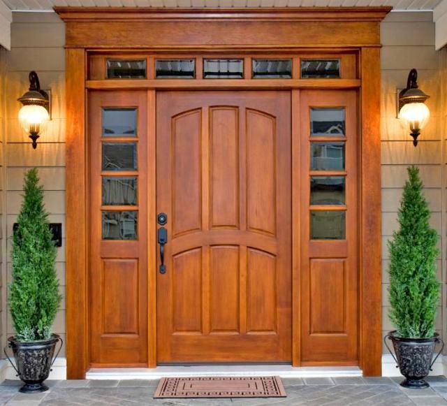 ремонт деревянной двери.