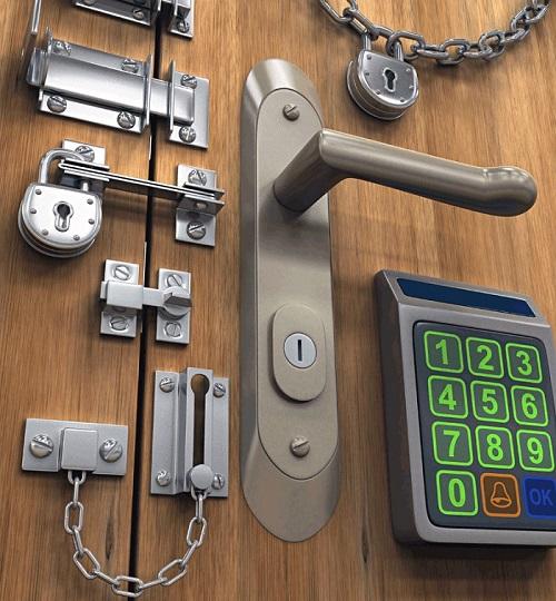 установка замка в металлические двери
