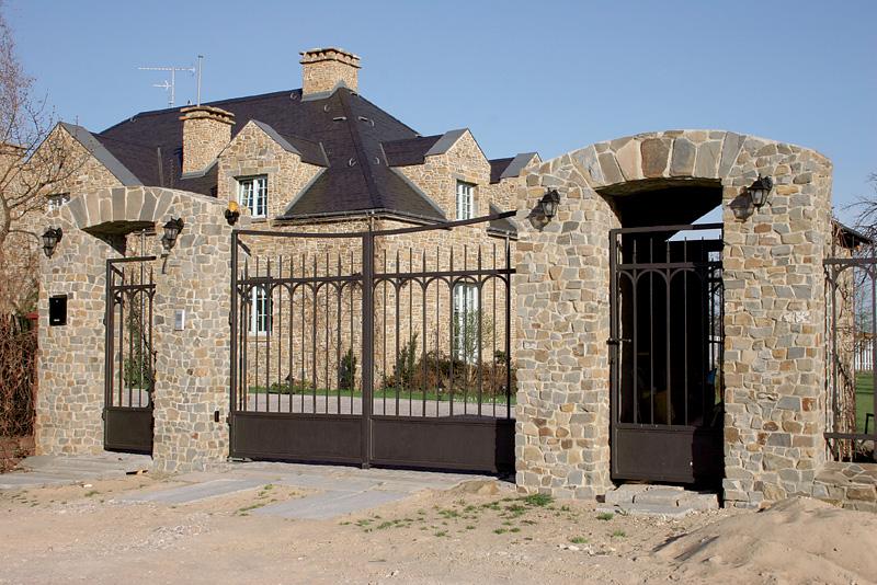 Дизайн ворот и калитки