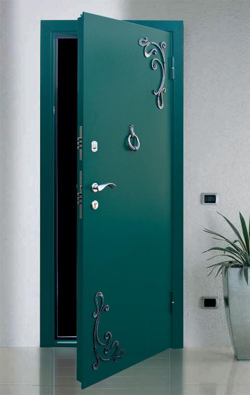 фото железных дверей легран