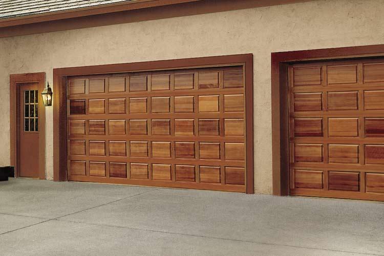 гаражные двери из дерева