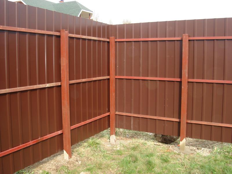 забор и ворота из металлопрофиля